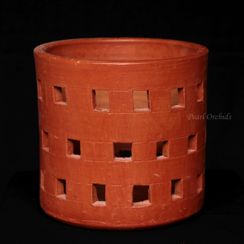 Clay Pot – Square Hole
